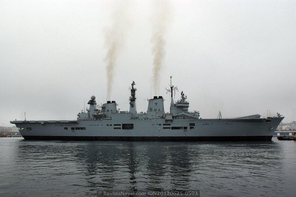 El HMS «Illustrious» (Foto: Revista Naval)
